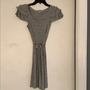 Lost gray dress with belt tie